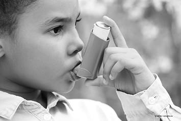 child using an inhaler