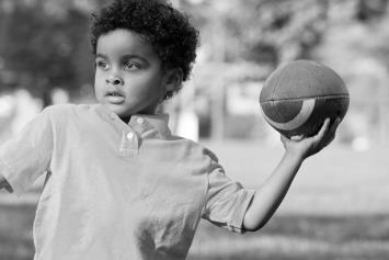 Study Finds No Correlation Between Brain Function and Head Impacts After Two Seasons of Youth Tackle Football